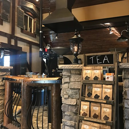 Adorable interior and amazing coffee!