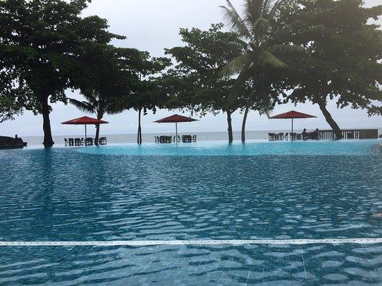 Арю, Французская Полинезия: Very nice pool