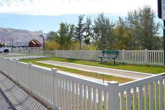 Balcony - Picture of Pony Express RV Resort, North Salt Lake - Tripadvisor