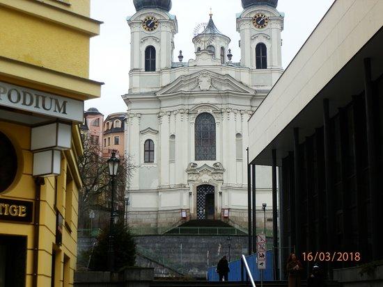 Karlovy Vary Day Tour: karlovy 2