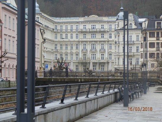 Karlovy Vary Day Tour: karlovy 4