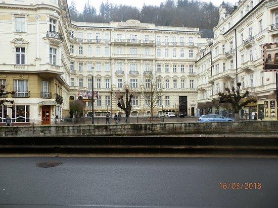 Karlovy Vary Day Tour: karlovy 5