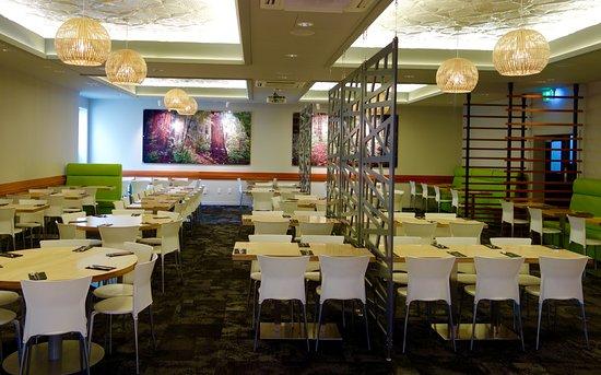 The Devon Hotel & Conference Center: Marbles Restaurant