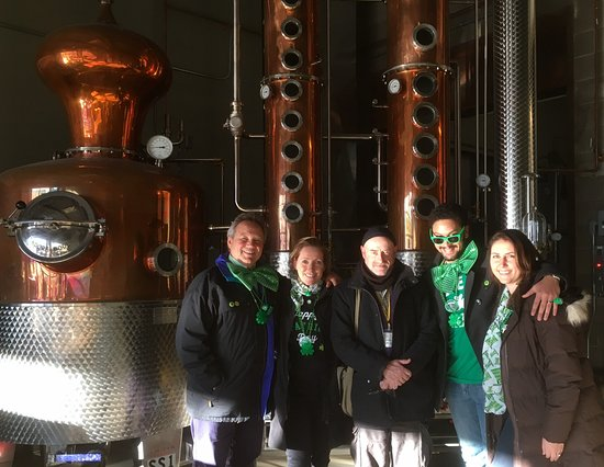 Maine Foodie Tours - Culinary Walking Tours : At the Hardshore Distillery with James