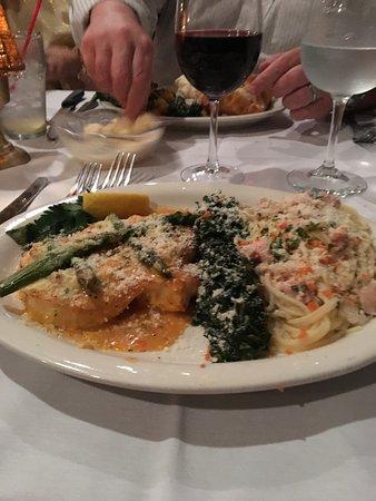 Ariani Restaurant & Lounge: Chilean Sea Bass