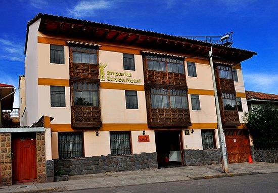 Imperial Cusco Hotels se encuentra ubicado en la Av. Centenario 741,la zona es tranquila y esta
