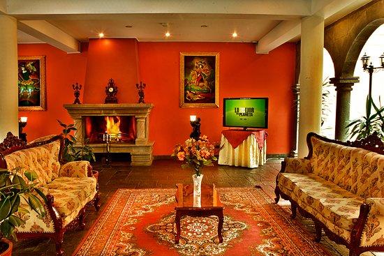 Lobby Principal de Imperial Cusco Hotel,para compartir con amigos que nos visitan en el hotel.