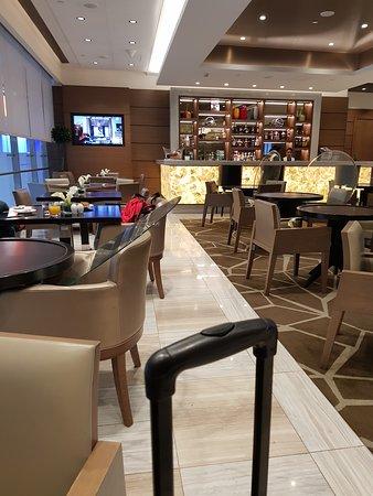 Ahlan Business Class Lounge Image