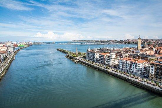 Vizcaya Bridge : View North