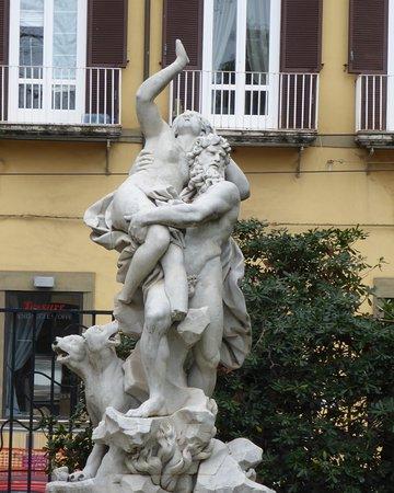Fontana del Ratto delle Sabine