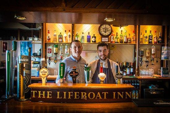 Courtmacsherry, Ireland: Pop in and Meet David & Martin