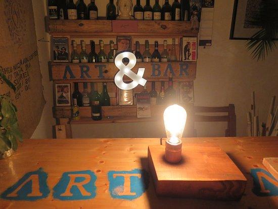 ice Interieur ... stay with the ART ! - Bild von Art Bar Potsdam ...