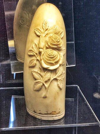 Eden, أستراليا: pieza hecha de hueso de ballena
