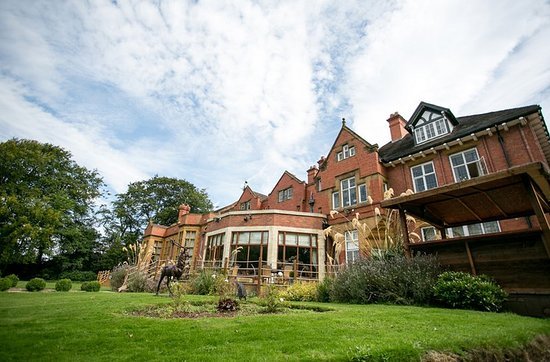 The Mount Hotel Country Manor