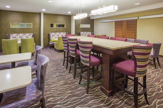 Woodbury, MN: Restaurant