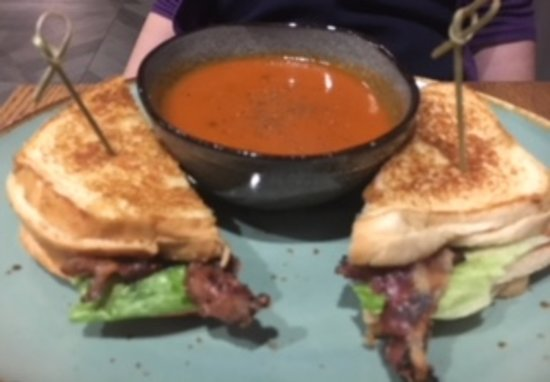 Clarksville, Μέριλαντ: Grilled Cheese BLT with Tomato Soup