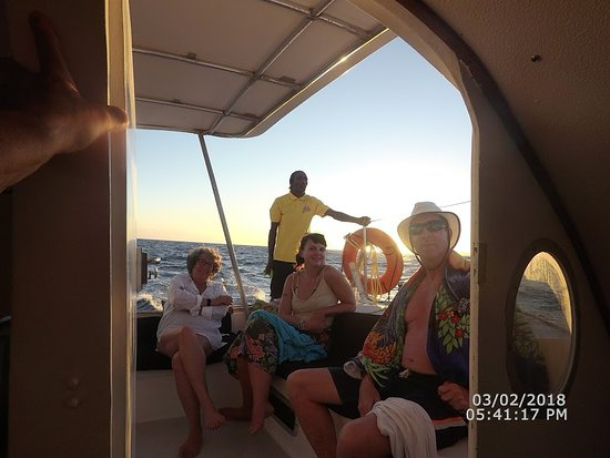 First Bight, Гондурас: Relaxing on return trip Zeppelin tours