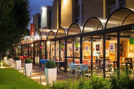 Ibis marne la vallee emerainville hotel france voir - Hotel marne la vallee chambre familiale ...