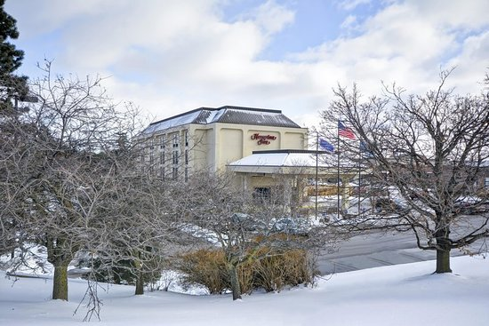 Hampton Inn Detroit Northville : Exterior