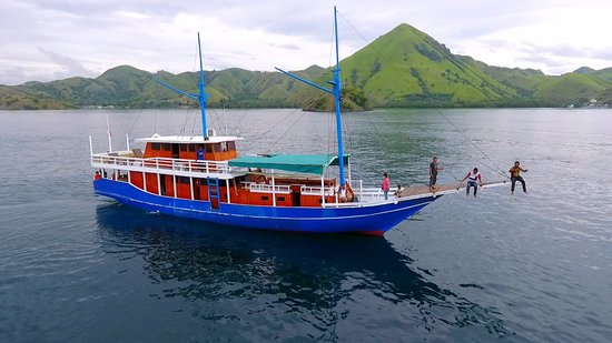 Komodo Golden Tours