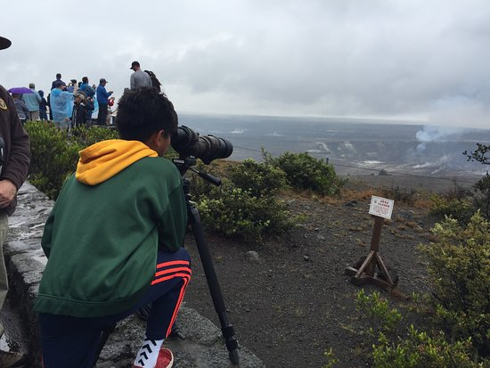 Volcán, Hawái: just outside the museum is plenty of viewing space