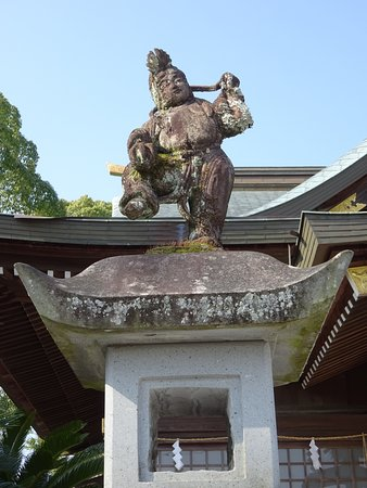 Hondo Suwa Shrine