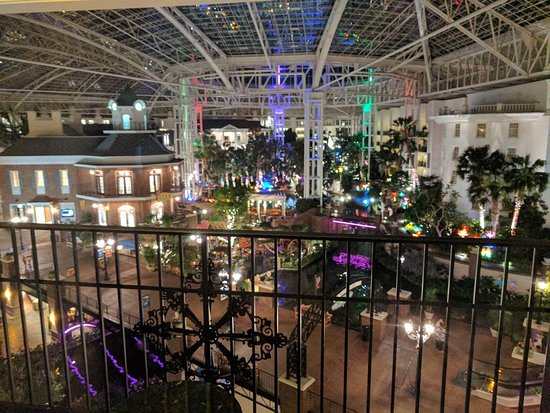 Gaylord Opryland Resort & Convention Center: IMG_20170731_213841_large.jpg
