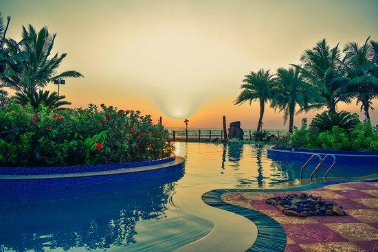Ratnasagar Beach Resort : Sunset