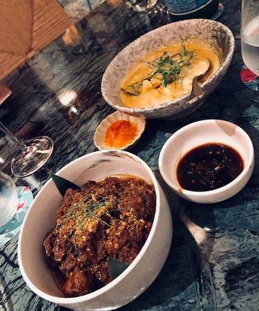 Singapore curry crab