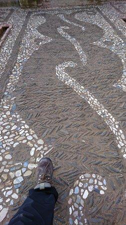 Alhambra : Feb 2018 - Al-Hambra (astounding mosaic stone pathway)