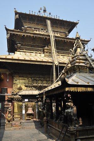 Golden Temple (Hiranya Varna Mahavihar) : temple