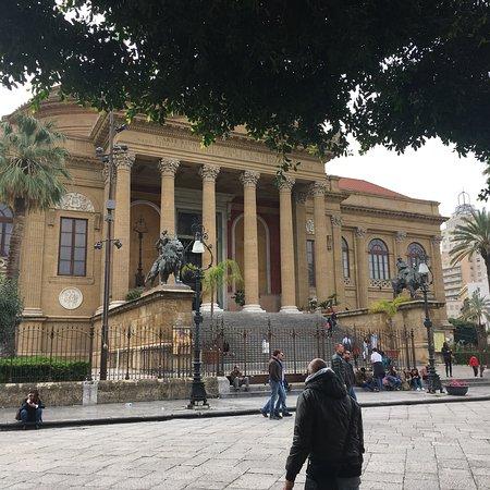 Teatro Massimo: photo1.jpg