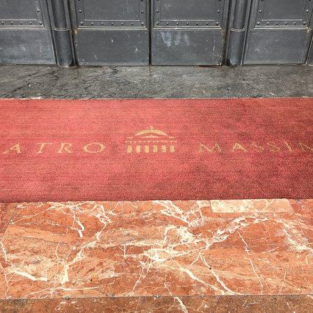 Teatro Massimo: photo2.jpg