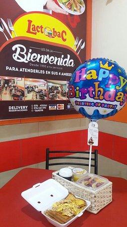 Jaen, Peru: Regalo sorpresa de cumpleaños.