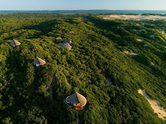 Inhambane Province, โมซัมบิก: Bungalows from the sky