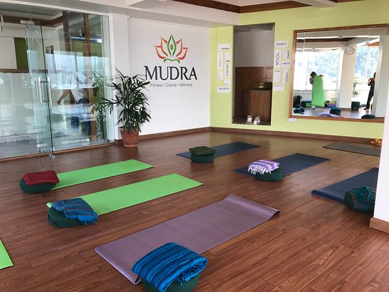 ‪MUDRA Yoga and Fitness Studio‬