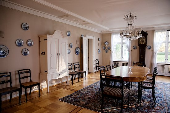 Godvik, Norvège : Interior Alvøen Manor, photo: Tove Breistein