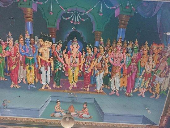 Arulmigu Manakula Vinayagar Temple: Ceiling