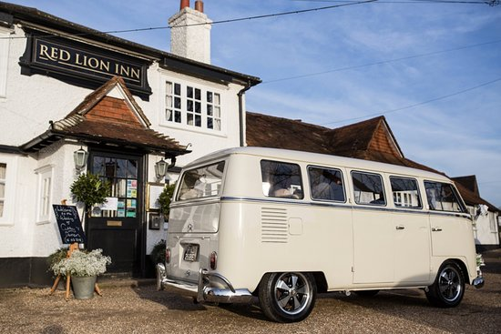 The Red Lion Inn: Arriving at the Red Lion in style..