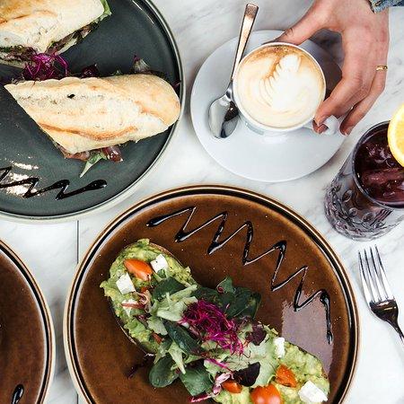 caf au lait coffee food drinks berlin restaurantanmeldelser tripadvisor. Black Bedroom Furniture Sets. Home Design Ideas