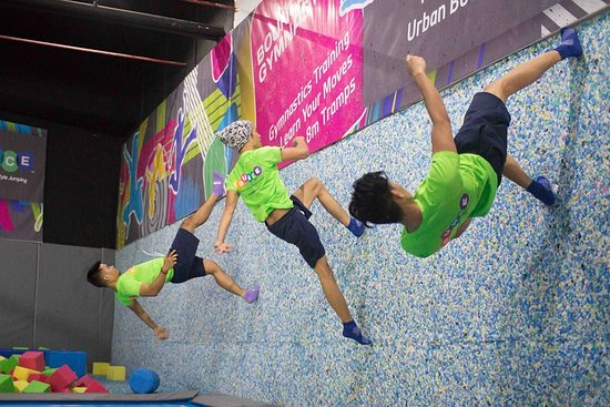 Bounce Philippines: Wall climbing version 2