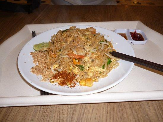 Shaw Centre: Noodle Thai