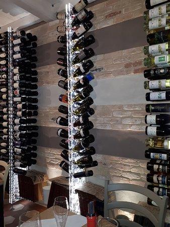 San Martino Alfieri, Italien: vini..