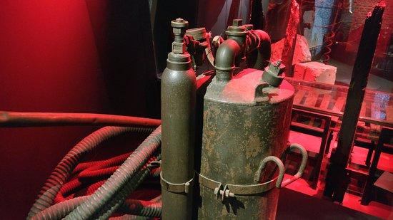 """Πολεμικό Μουσείο Φλάνδρας: """"In Flanders Museum"""": Chlorgas-Behälter"""