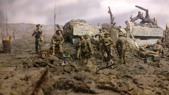 """Πολεμικό Μουσείο Φλάνδρας: """"In Flanders Museum"""": nachempundene Szenen veranschaulichen das Geschehen."""