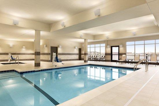 Woodbury, MN: Indoor Pool