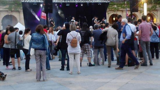 Plaza Nueva : Concerto in occasione del festival