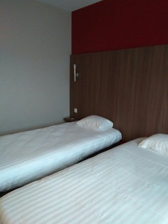 Arena Hotel Image
