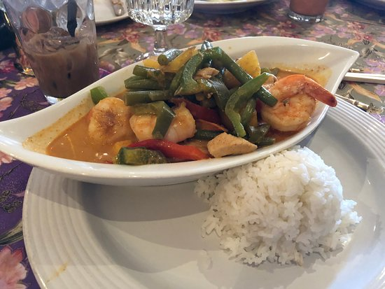 Blue Bell, Pensilvanya: Mango Curry