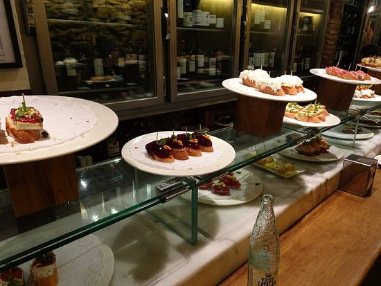 Irati Taverna Basca: DSC04429_large.jpg
